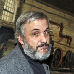 Педагог изостудии награжден Золотой медалью Союза художников России.