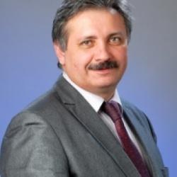 Один из руководителей Дворца стал абсолютным победителем Всероссийского конкурса «Учитель года 2005».